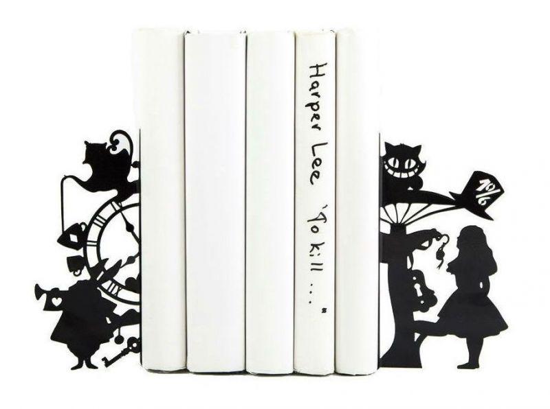"""Упор для книг """"Алиса в стране чудес"""""""