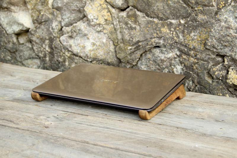 Деревянные крючки для ноутбука/нетбука