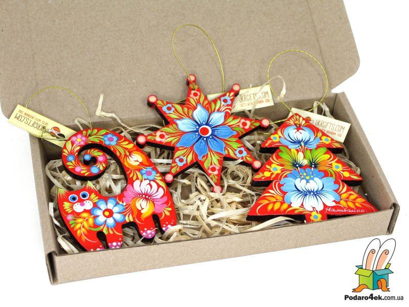 Брендированный набор елочных игрушек с Петриковской росписью