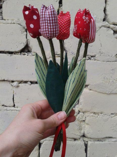 Текстильный тюльпан ( ручная работа) 1 шт
