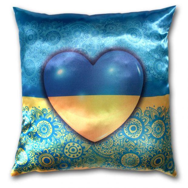 "Подушка ""Украина в сердце"""