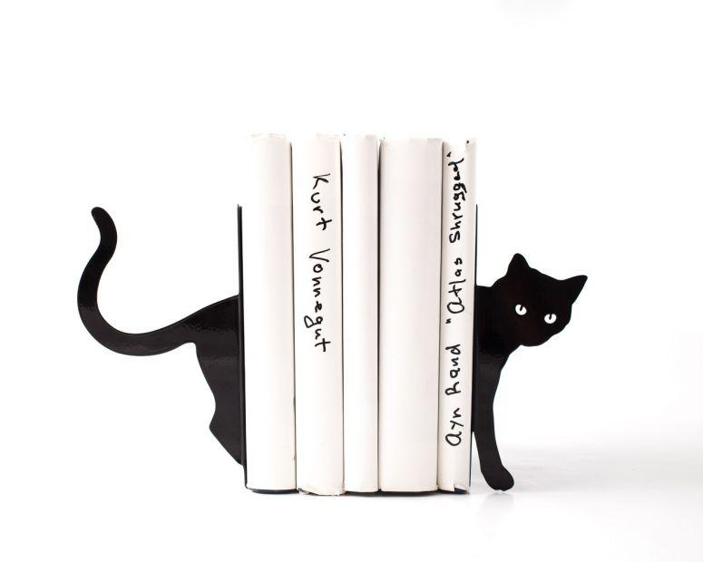"""Упор для книг """"Затаившаяся кошка"""""""