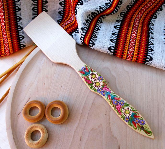 Лопатка кухонная с Петриковской росписью, цветущие луга