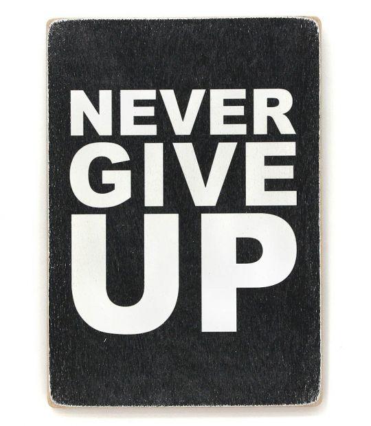 """Постер деревянный """"Никогда не сдавайся!"""""""